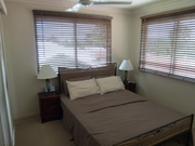 Looking for a male flatmate in a beautiful Luxury Beaches Apartments