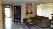 COSY 3X1 HOUSE SHARE IN GREENFIELDS